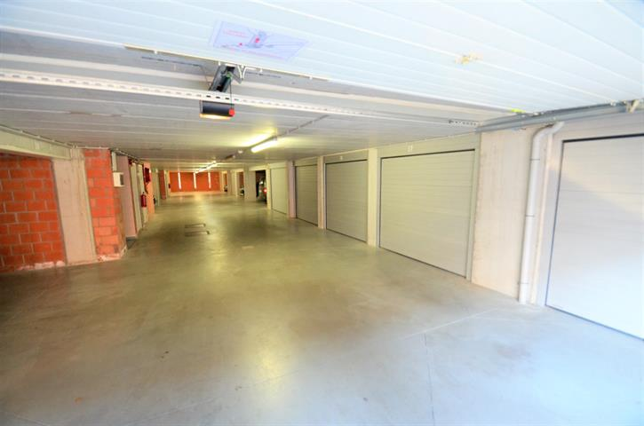 Garage (ferme) - Tournai - #3846138-3