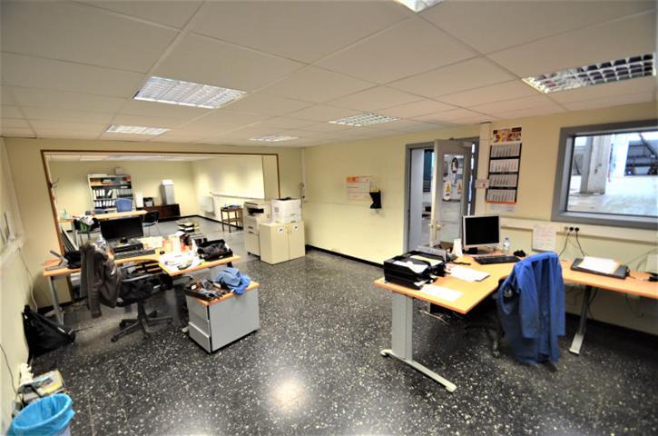 Bureaux & entrepôts - Tournai - #3861518-8