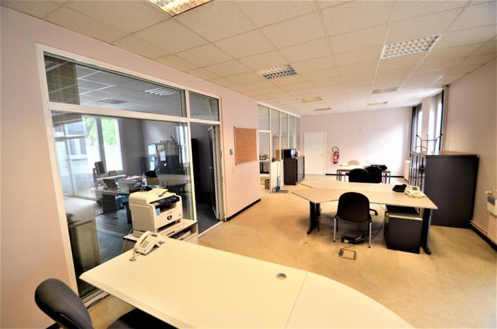 Bureaux & entrepôts - Tournai - #3861518-3