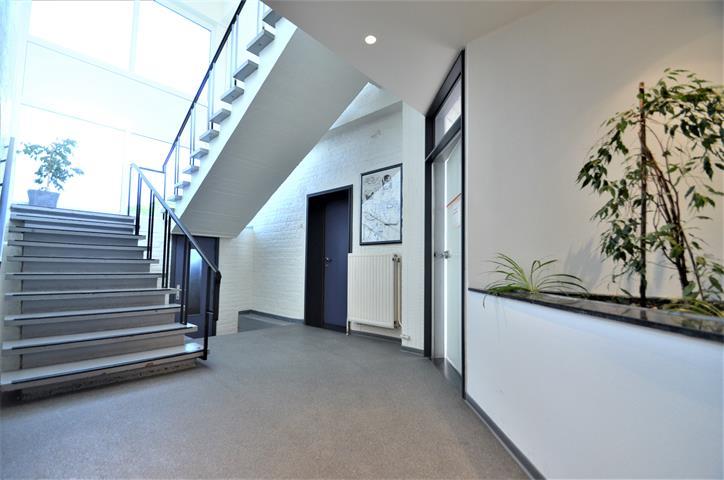 Immeuble de bureaux - Tournai - #3908922-2